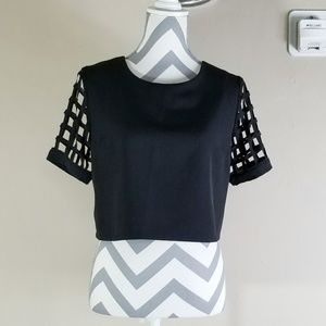 Tobi Black Short Sleeved Top Size M